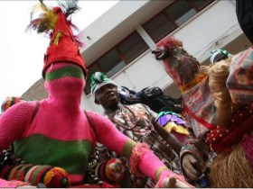 Two Masqueraders arrested in Ondo for stealing Phones and Money