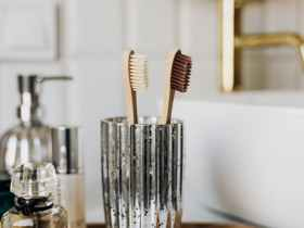 What you need and why you need to Clean your Toothbrush daily