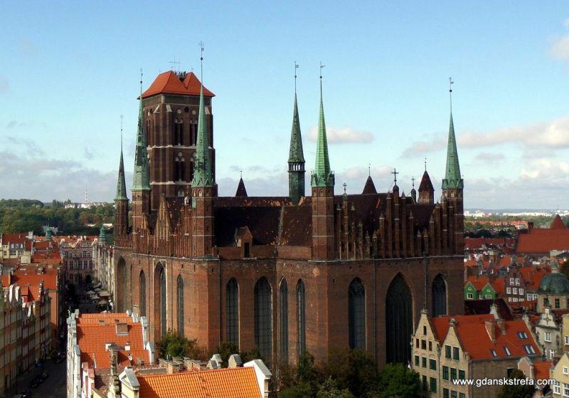 azylika konkatedralna Wniebowzięcia Najświętszej Maryi Panny w Gdańsku - największy na świecie kościół ceglany.