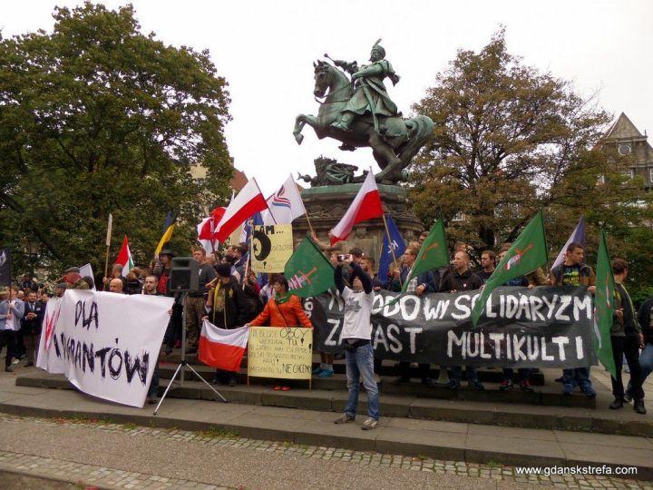 """manifestacja """"Nie! dla imigrantów"""""""