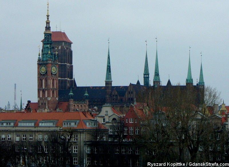 widok ze Spichlerzy Toruń, Elbląg, Gdańsk na Wyspie Spichrzów