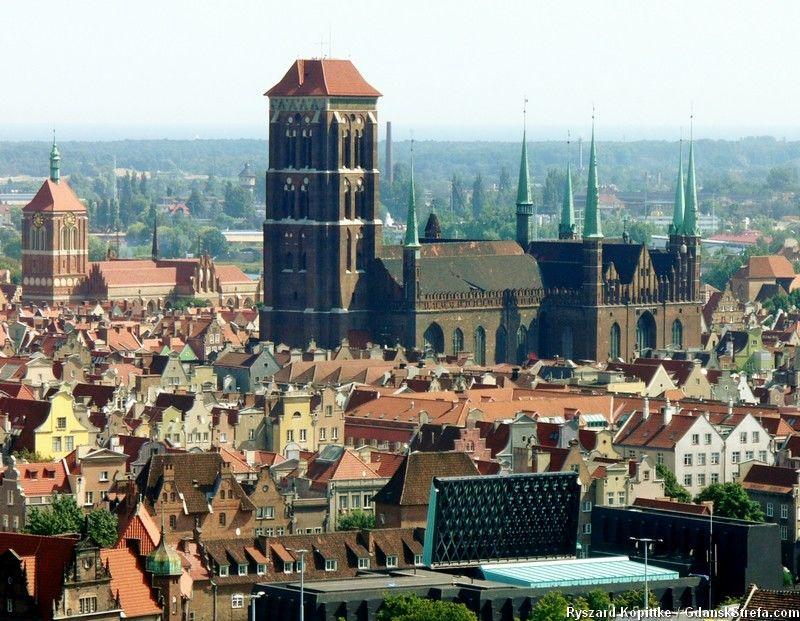 widok z wieży dawnego schroniska P. Beneke na Biskupiej Górce