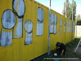 kontenery malowane przez Stik`a