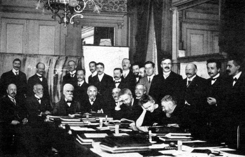 kongres Solvaya w 1911 roku, domena publiczna