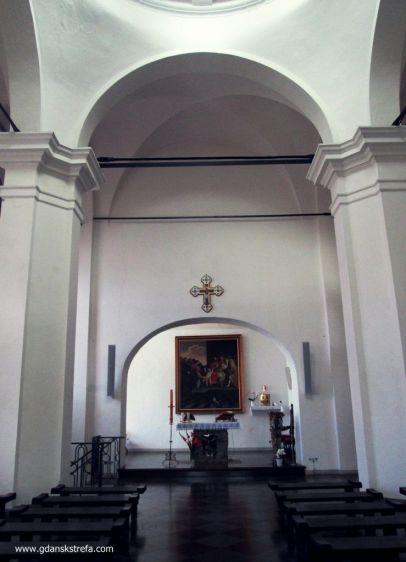 wnętrze kaplicy obecnie