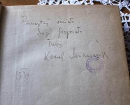 Przeczytaj śmiało, drogi Grzymało. Twój Kornel Makuszyński.