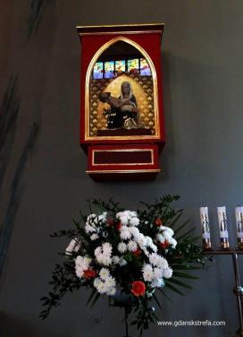 Pieta w kościele pw. św. Mikołaja w Chyloni