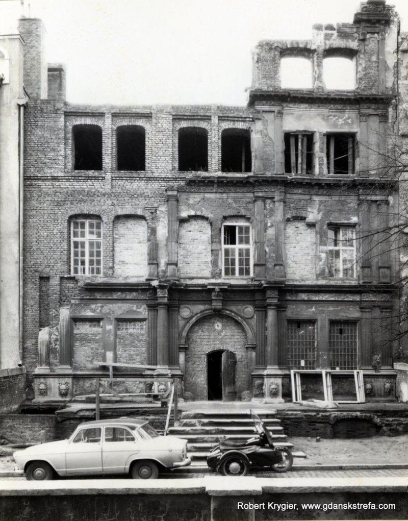Odbudowa Domu Angielskiego lata 60 XX wieku