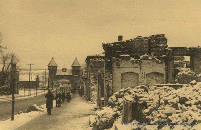 Domy w Puławach zniszczone bombami Luftwaffe