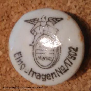 Ceramiczny korek z butelki Brauerei Englisch Brunnen, ze zbiorów autora.