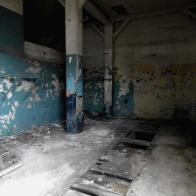 wnętrze powojennego warsztatu