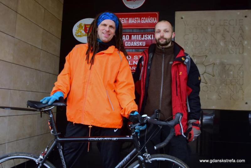 Aktywiści Rowerowej Metropolii, Michał Błaut i Roger Jackowski