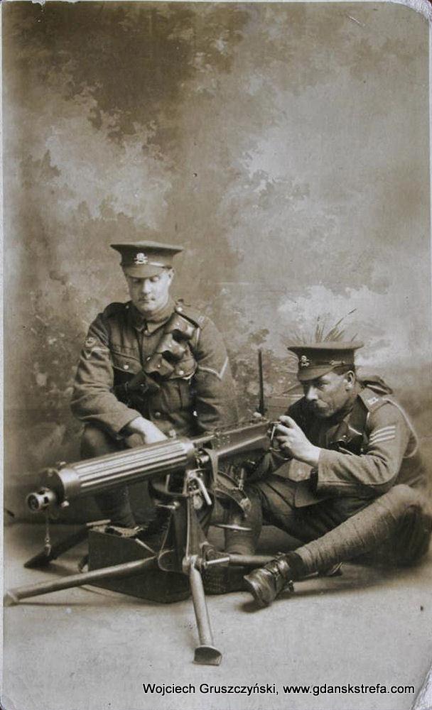 Żołnierze z brytyjskiego 17 Pułku Lansjerów, zdjęcie z czasów I wojny światowej.