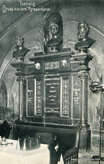 Piwnica Rady, popiersia królów pruskich.