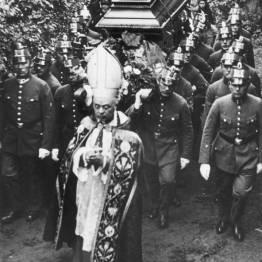 Pogrzeb Manfredi Gravina w 1932/ Narodowe Muzeum Cyfrowe