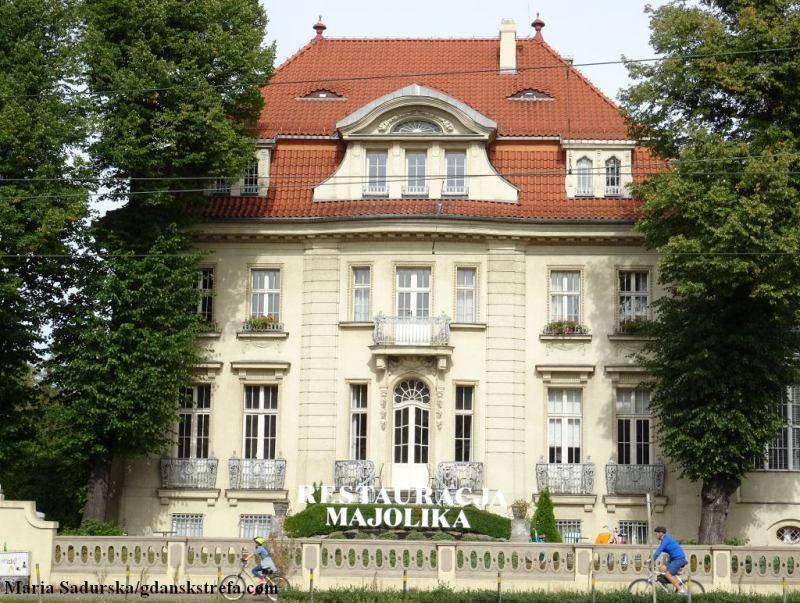 Dawna willa Rudolfa Patschkego (ob. na rogu al. Grunwaldzkiej i ul. Uphagena) we Wrzeszczu, w której przez wiele lat mieściła się gdańska rozgłośnia Polskiego Radia