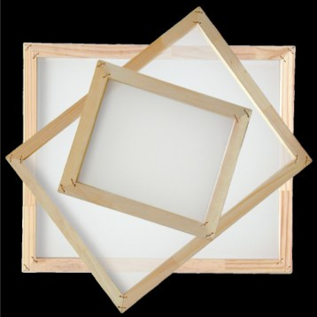 GDM Graphics sells wood frames at good prices