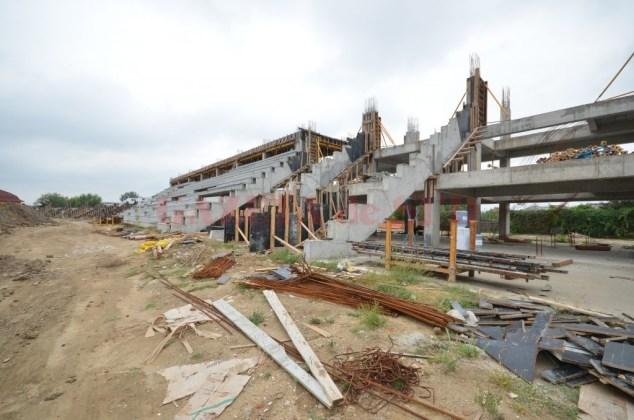 Aşa arăta stadionul de atletism după doi ani de la începerea lucrărilor