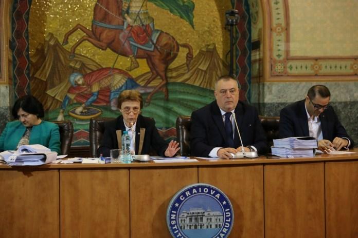 Creșterea tarifelor la gunoi a generat scandal în CL Craiova. Primarul Genoiu a luat apărarea Salubrității.