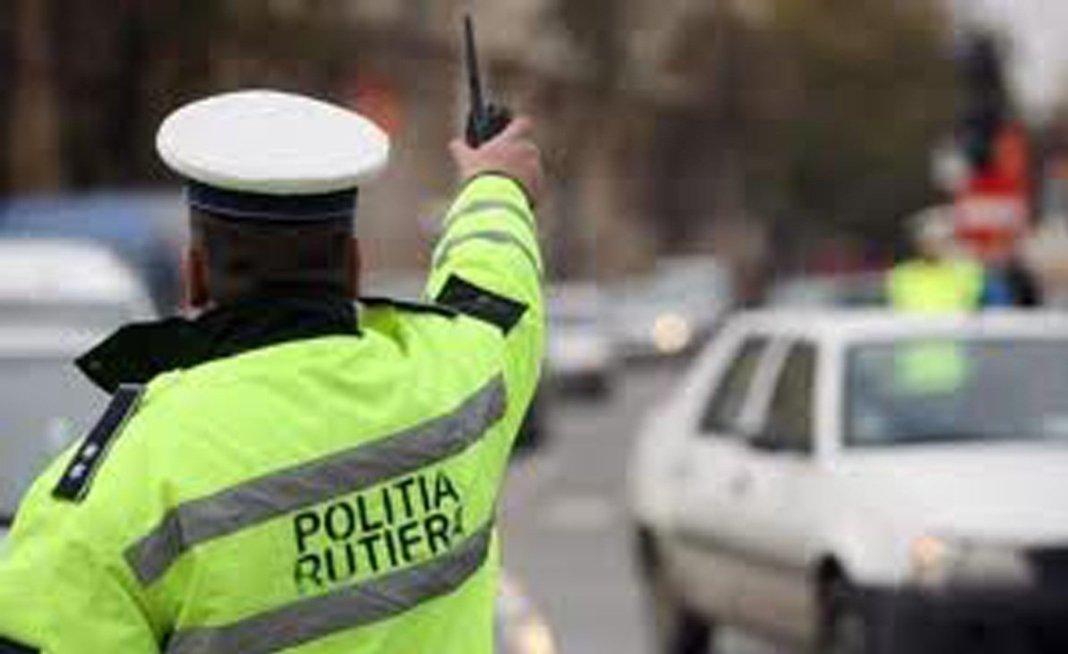 Gorj: Polițiștii au reținut 29 de permise auto în două ore