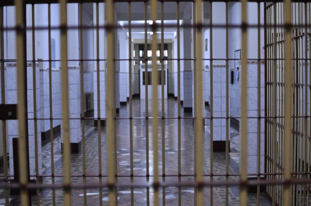 Un australian care a evadat în urmă cu 30 de ani din închisoare s-a predat poliției