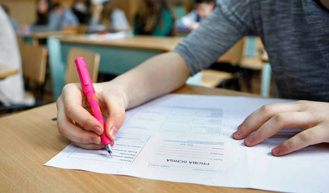 A luat 3 la Evaluarea Națională, iar după contestație lucrarea a fost notată cu 8.25