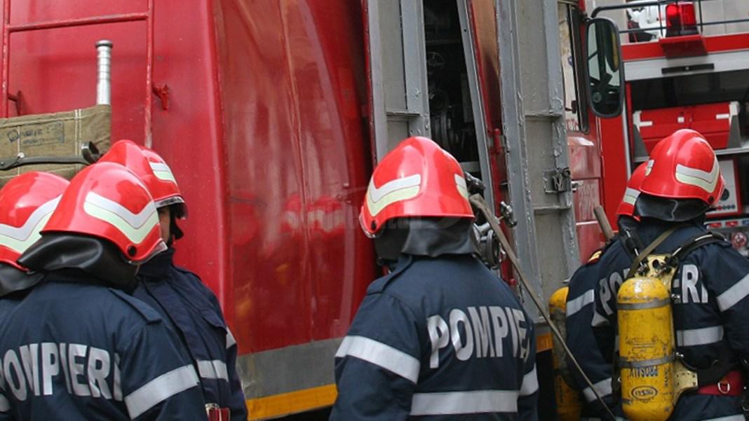 Incendiu la un bloc din Braşov, un locatar a murit