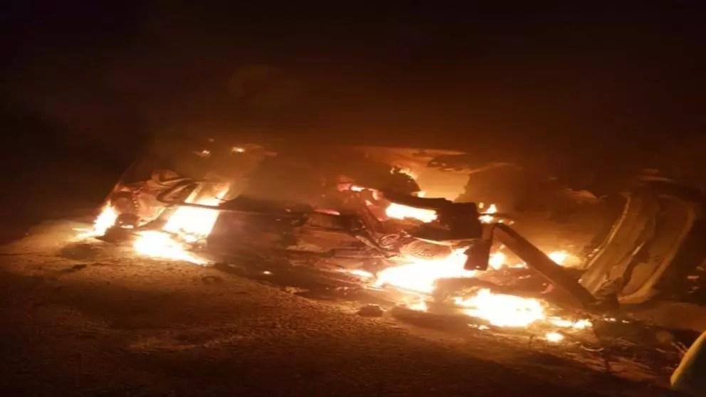 Mașină în flăcări, sursa foto:https://www.realitatea.net/