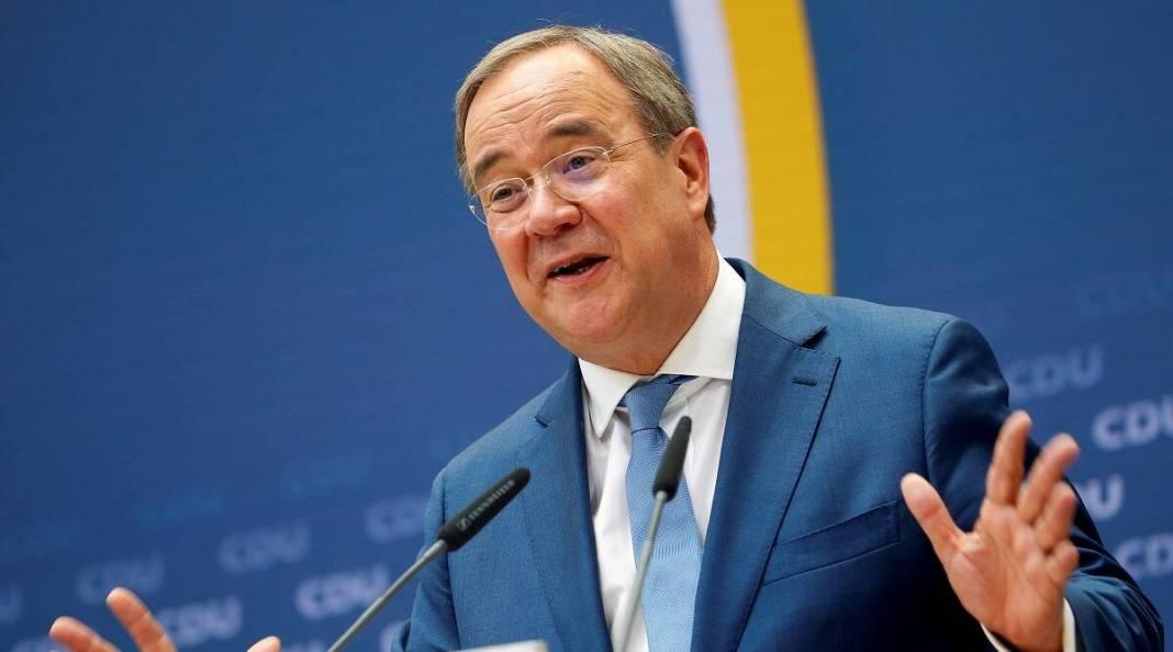Armin Laschet se pronunţă în favoarea deportării persoanelor periculoase