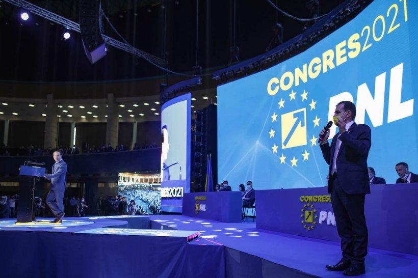 Premierul Florin Cîţu, huiduit de susținătorii lui Orban la Congresul PNL