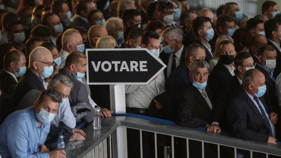 Șefii Poliției și DSP București, chemați în Parlament să dea explicații pentru congresul PNL