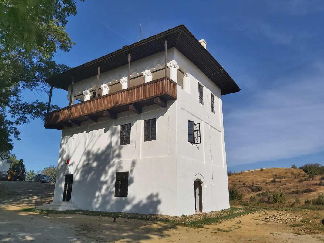Cula Izvoranu și Cula Cernăteștilor, reabilitate și gata să intre în circuitul turistic doljean