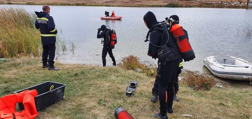 În ciuda manevrelor de resuscitare efectuate de un echipaj medical din cadrul SAJ Dolj, a fost declarat decesul tânărului