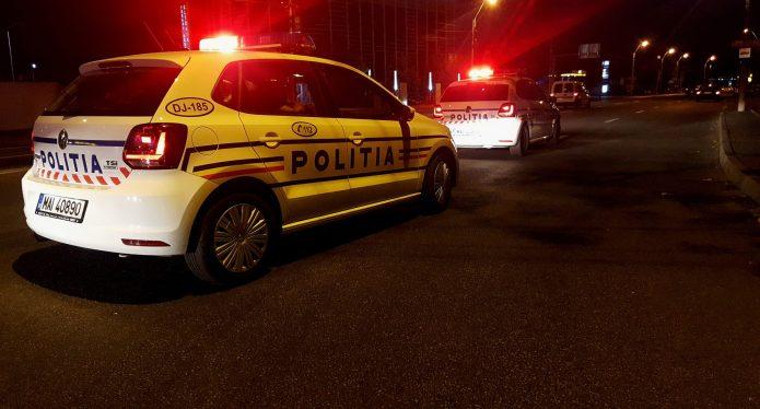Un polițist a împușcat din greșeală un pasager, în timpul unei urmăriri în trafic, în Turda