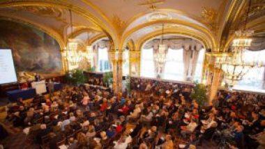 Succès pour la vente aux enchères du mobilier de l'Hôtel de Paris à Monaco
