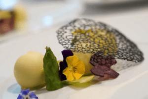 16 chefs Elior Group se retrouvent pour cuisiner et partager leurs bonnes pratiques culinaires
