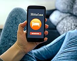 Les agences en ligne et les portails hôteliers sont-ils des pièges ou une opportunité pour les décideurs ?