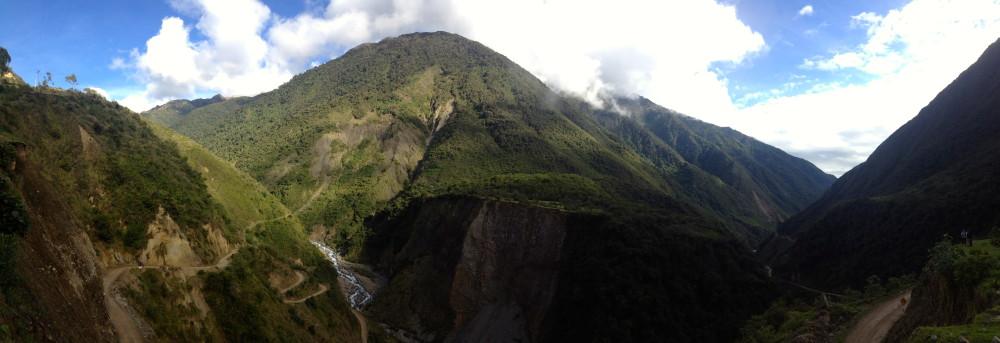 machu picchu trail panorama