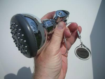 evolve roadrunner showerhead2.jpg