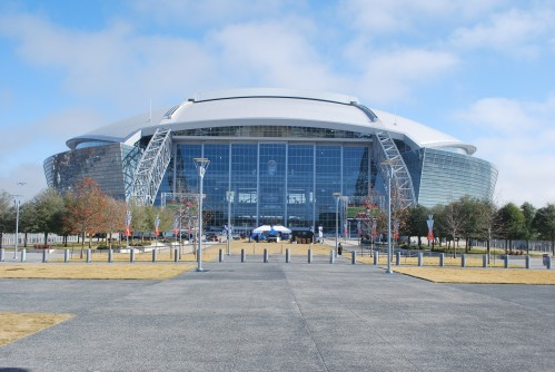 The Dallas Cowboys Stadium Video Board: Gimme Some High Def