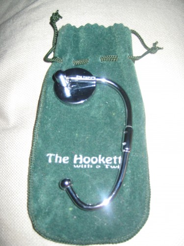 Hookette with a Twist Purse Hook Review  Hookette with a Twist Purse Hook Review