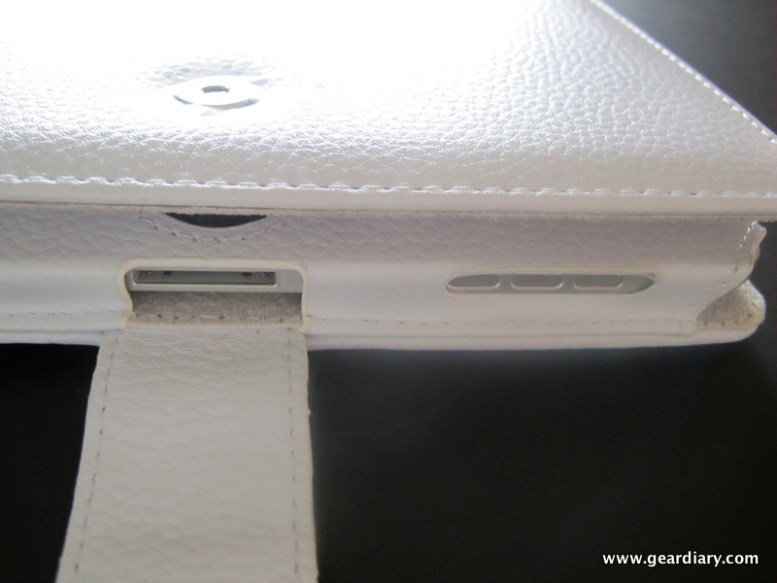 Review:  White Leather iPad Case is Classic Apple