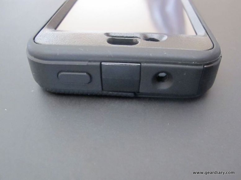 iPhone 4 Case Review:  OtterBox Defender, The Best Protection Money Can Buy