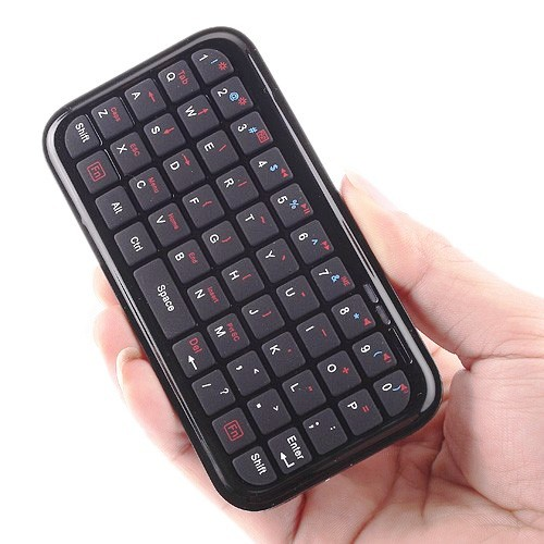 iTiny Bluetooth Keyboard Makes Your iPhone a Mobile Word Cruncher