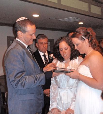 Sunday (Actually Every Day), the Rabbi Used an iPad