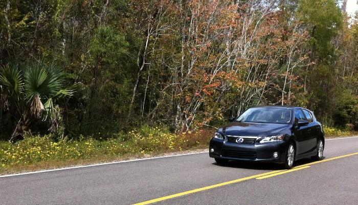 Lexus CT200h Sporty New Hybrid CrossTourer
