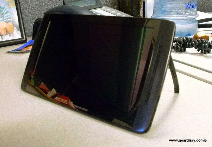 Five Minutes Hands-On with the Archos 70 Android Tablet