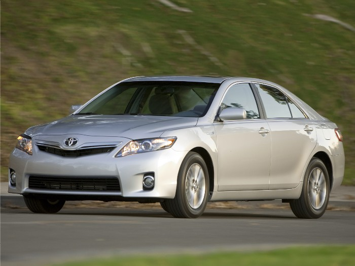 2011 Toyota Camry Hybrid Boring, and Boring Is a Good Thing