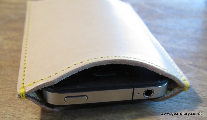 The Aligata iPhone Leather Sleeve Review