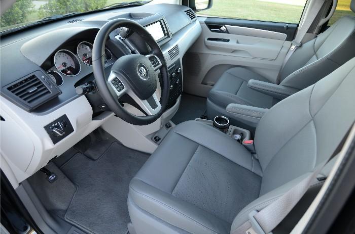 2011 Volkswagen Grand Caravan ... or is it the Chrysler Routan?